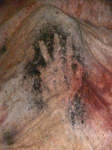 Gargas_main_pouce_replié_grottes_sanctuaire_préhistoire